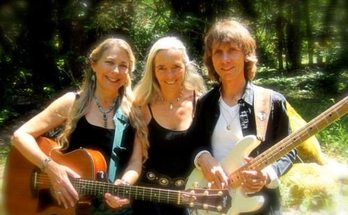 Windsong & Kat del Rio with Richard Cole - SpiritEarth Band 2014 -